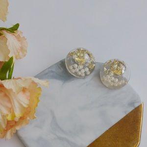 Resin Round Pearl Flower Stud Earrings